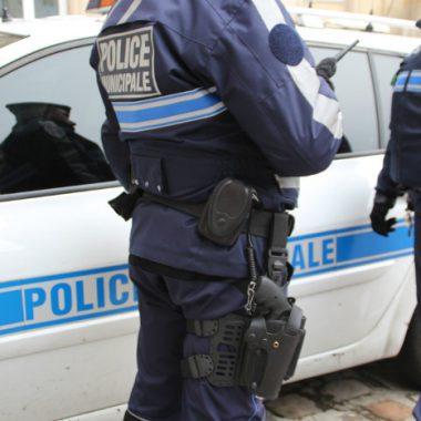 Combien de policiers municipaux sont armés?